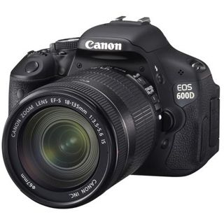 Canon EOS 600D Kit inklusive EF-S 18-135 mm f/3.5-5.6 IS