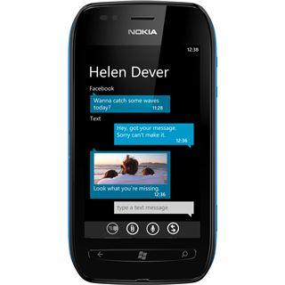 Nokia Lumia 710 black cyan